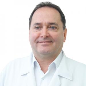 DR. MARCOS VINICIUS CLAUSSEN MOURA