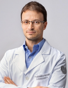 DR. LEONARDO MARQUES FISCHER